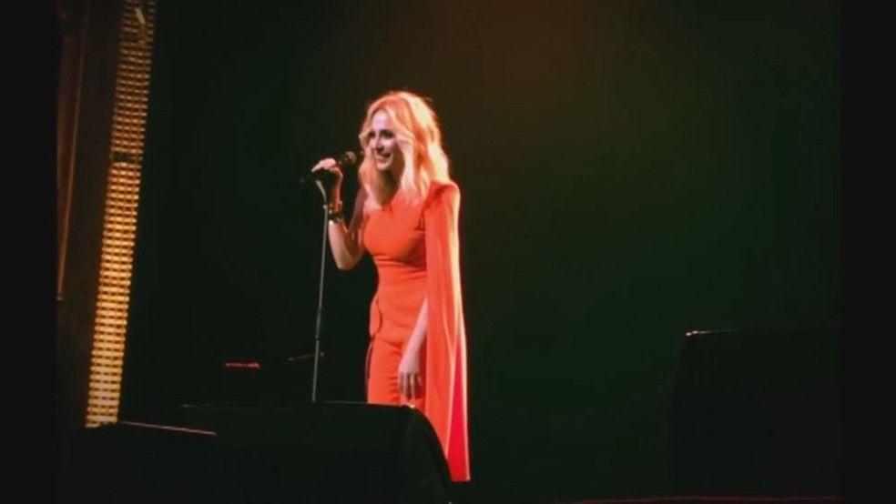 Las reacciones al himno de España de Marta Sánchez
