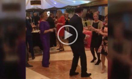 """Los mejores vídeos """"manipulados"""" de Rajoy bailando"""
