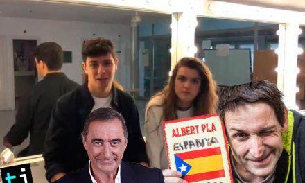 España de mierda | Alfred tiene que dar explicaciones por regalar un libro a Amaia