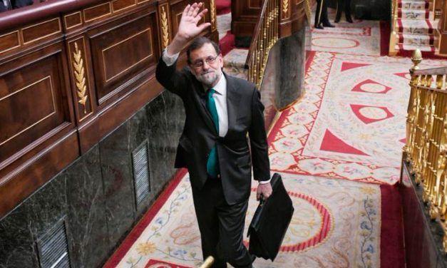 Los mejores tuits y memes del adiós de Rajoy y la moción de censura