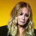 Cachondeíto con Marta Sánchez y sus lágrimas al cantar su himno de España