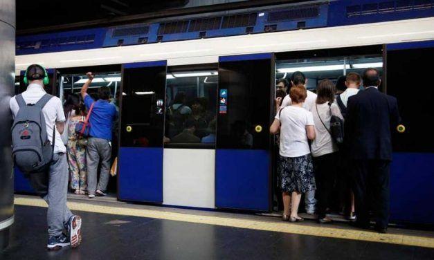 Genial hilo sobre una madre gaditana perdida en el metro de Madrid