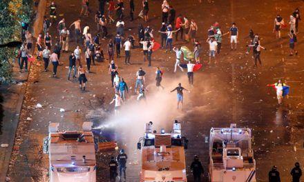 Todos los vídeos de los disturbios en Francia durante la celebración del Mundial