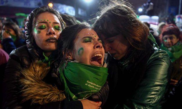Reacciones en Twitter al NO al aborto legal del Senado en Argentina